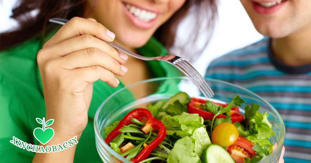 Đục thủy tinh thể nên ăn gì, kiêng ăn gì để mắt nhanh sáng khỏe?